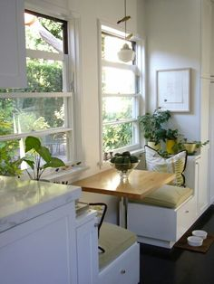 Window Seat And Built Ins Reveal Befores Middles And Afters House Updated Cozy Nooks