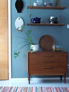 3 x kaikkien aikojen paras kirppislöytö Credenza, Entryway Bench, Cabinet, Storage, Furniture, Home Decor, Entry Bench, Clothes Stand, Purse Storage