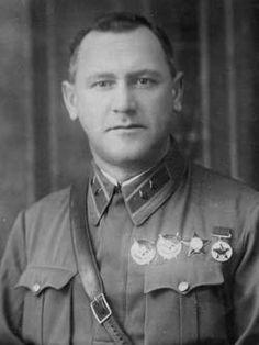 генерал-майор Хацкилевич Михаил Георгиевич (1895-1941) советский военачальник, участник Гражданской, Советско-Польской (1919-1921) и Великой Отечественной войн. Командовал 6-м Механизированным Корпусом - I формирования (1941, погиб в бою 25 июня 1941 года).