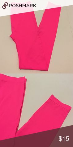 🆕 Neon Pink Footless Tights Leggings Stunning neon pink footless Tights Leggings. In excellent condition. Brand new with tags. Chic and stylish! Perfect for any occasion. One size fits most. Brand: Killer Tights Killer Legs Pants Leggings