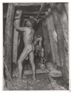 Sergej Protopopov: Vydrevovanie chodieb 2.:1927 - 1929 Painting, Art, Art Background, Painting Art, Kunst, Paintings, Performing Arts, Painted Canvas, Drawings