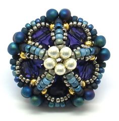 gwenbeads: Ionic Polyhedra Beaded Beads