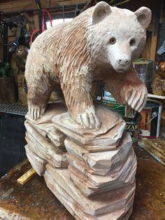 Tree Carving, Wood Carving Art, Wood Art, Simple Wood Carving, Driftwood Sculpture, Wood Carving Patterns, Animal Statues, Bear Paws, Christmas Wood