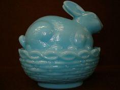 Rabbit Nest, Bunny Rabbit, Disney Collectibles, Fostoria Glass, Fenton Glass, Green To Blue, Jade Green, Vintage Love, Vintage Candy