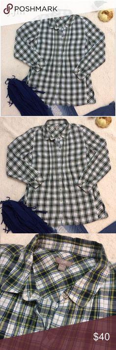 J Jill Green & Blue Checkered Shirt w/ side pocket Really cute J.Jill button down. It's longer It wear with leggings and has pockets!! No flaws j jill Tops Button Down Shirts