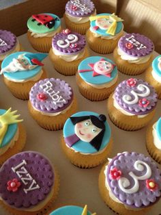 Ben and holly cupcakes Birthday Sweets, 4th Birthday Parties, Birthday Cupcakes, Birthday Ideas, Ben N Holly, Ben And Holly Cake, Mini Cakes, Cupcake Cakes, Ben And Holly Party Ideas