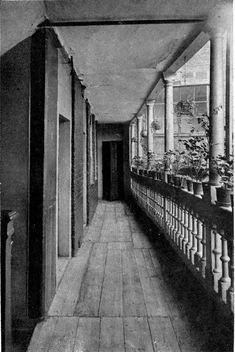 The first floor gallery (George Inn, Southwark) - The George Inn, Southwark - Wikipedia, the free encyclopedia