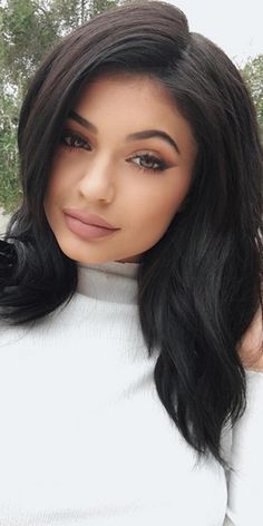 Fans were confused about Kylie Jenner's skin, so *this* is how she responded...