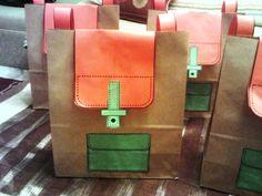Χαρουμενες φατσουλες στο νηπιαγωγειο: ΑΓΙΑΣΜΟΣ ΣΤΟ 2ο ΝΗΠΙΑΓΩΓΕΙΟ Ν . ΜΟΥΔΑΝΙΩΝ !!!!!!!!!!!!!!!!!! Fall Crafts, Crafts For Kids, Back To School Gifts, End Of Year, Student Gifts, Kindergarten, Preschool, Satchel, Bags