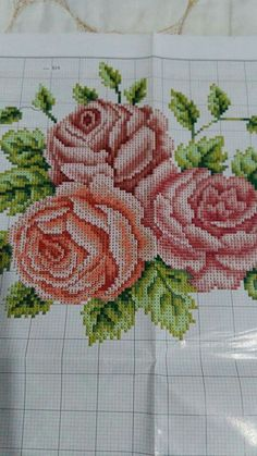 Beaded Cross Stitch, Cross Stitch Rose, Cross Stitch Embroidery, Needlepoint Stitches, Bargello, Diy Arts And Crafts, Stitch Patterns, Knitting, Flowers