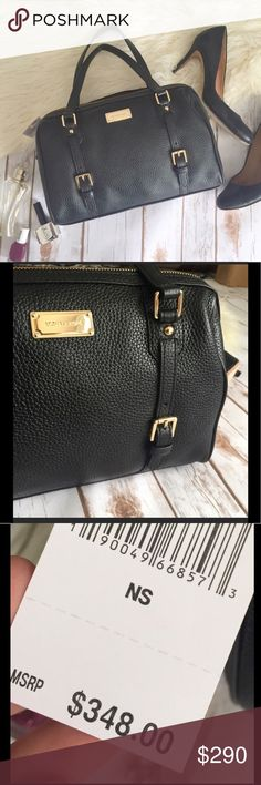 """Michael Kors Bedford black pebbled leather purse This is a classic, beautiful black bag. It works for any season, with any outfit, and lasts a life time. Gold tone hardware, interior lining with signature satin, 1 zipper pocket, 4 slip pockets, and black pebble leather features.  ➕Condition: brand new, Michael Kors tags still attached (retail value $378.00) ➕Measurements: 12"""" W x 8"""" H x 7"""" D (handle is 8"""" drop), crossbody strap measures approximately 50"""" {00009.180217} Michael Kors Bags"""