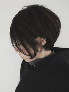 秋もやっぱり黒髪で!差をつけるならモード系ヘアがおすすめ☆ - Yahoo! BEAUTY