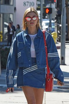"hailey-source: ""March Hailey Baldwin leaving Zinque Cafe in West Hollywood, California "" Fashion Week, Fashion Outfits, Womens Fashion, Jumpsuit Denim, Looks Style, My Style, Hailey Baldwin Style, Summer Outfits, Cute Outfits"