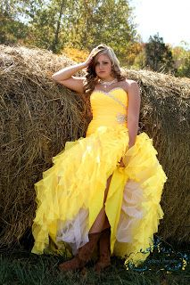 Country girls senior pictures.    http://www.facebook.com/pages/Kims-Captured-Memories-By-Kim-James/170402319654267