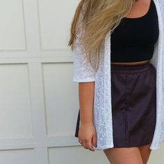 Clothe in Confidence - Blog post about transitioning fashions into Fall 2015 #fashion #ootd #outfit #clothes #autumn #skirt #cardigan #leather #forever21 #style #clothing