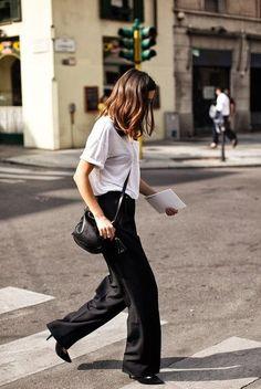 Ele doing white tee chic. Milan. #EleonoraCarisi