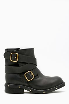 Brit Lo Boot in What's New Shoes at Nasty Gal