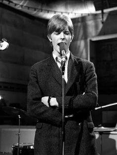 """David Bowie rehearsing """"Can't Help Thinking About Me"""" for a performance with The Buzz on """"Ready, Steady, Go!"""", 3 March, 1966"""