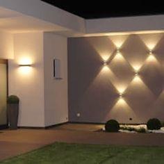 Villa in Frankreich: moderner Garten von Bolz Licht & Design GmbH