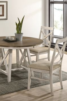 Indulge in modern farmhouse style at its best with the Somerset Collection. It's painted vintage crème color is made all the more charming with four cozy seats, and a smooth surface tabletop. Upgrade your dining room area with this charming collection that holds its value for years. Light distressing offers an aged appearance that brings a down-to-earth tone to your home. Browse the entire collection online or in-store at Great American Home Store in Memphis, TN, and Southaven, MS. #diningroom