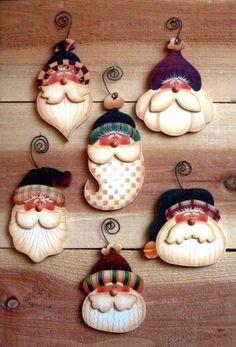 Simple Santas - inspiration only, no set Simple Santa ornaments to paint por OurPricelessTreasure Christmas Clay, Christmas Ornament Crafts, Santa Ornaments, Christmas Projects, Holiday Crafts, Christmas Decorations, Christmas Snowman, Country Christmas, Christmas Holidays