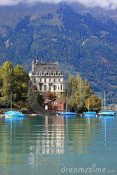 Brienz, Iseltwald Lake Brienz, SWITZERLAND.   (by Ohmaymay, via Dreamstime)