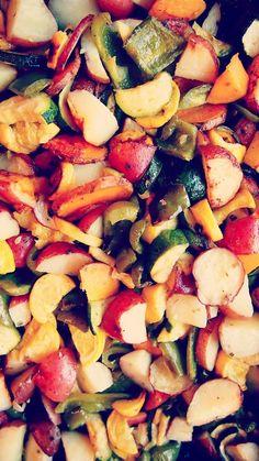 Seasoned & Roasted Vegetables – Simply Taralynn Healthy Cooking, Healthy Eating, Cooking Recipes, Cooking Tips, Veggie Recipes, Vegetarian Recipes, Healthy Recipes, Roasted Vegetables, Veggies