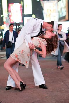Sailors tend to this in Times Square...