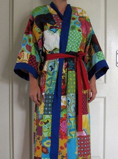 Most fabulous robe.  Gah.  Quick, I need to make one!!!!