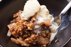 Easy Apple and Pear Crisp with Oatmeal Streusel