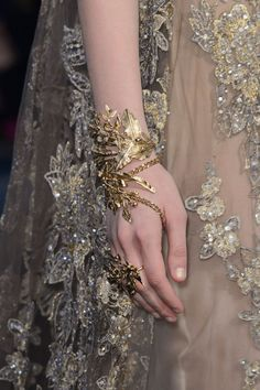 Elie Saab at Couture Fall 2015 - Livingly