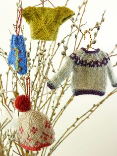 Minutia '14 | Berroco - 4 miniature sweater ornaments, knitted with favorite Berroco yarns, to adorn your tree. Check out Minutia '07, Minutia '08, Minutia '09 and Minutia '13 to see the full collection. (hva)