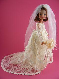 vinyl Trendy Sindy doll wearing a bespoke sewn-on wedding dress, United… Vintage Barbie, Vintage Dolls, Beautiful Gowns, Beautiful Bride, Bridal Gowns, Wedding Gowns, Barbie Wedding Dress, Tammy Doll, Vintage Mannequin