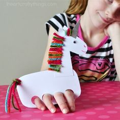 Use old winter gloves to make these cute butterfly finger puppets. Cute spring kids craft, butterfly craft for kids and playful puppets. Kids Crafts, Animal Crafts For Kids, Summer Crafts For Kids, Hobbies And Crafts, Preschool Crafts, Diy Crafts For Kids, Art For Kids, Family Crafts, Kids Diy