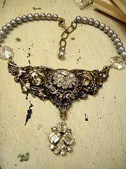 Vintage rhinestones Diana Frey