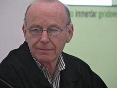 Anthony McCall, 2012  http://www.art-in-berlin.de
