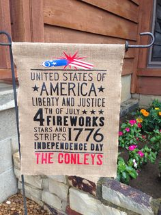 4th of July burlap garden flag made with  heat transfer vinyl