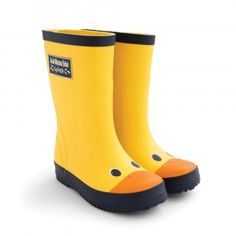 The Yellow Duck Wellies have to be one of our favourite styles this season. Just as practical and comfortable as our original Wellington boots, the duck version is an extra cute take on the style. Girls Rain Boots, Girls Shoes, Sailor Shoes, Wellies Boots, Wellington Boot, Applique Dress, Mellow Yellow, Hunter Boots