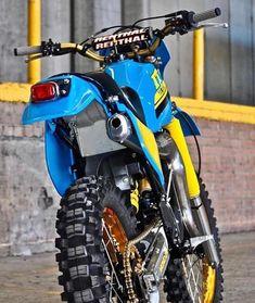 Motocross Love, Motorcross Bike, Enduro Motorcycle, Vintage Motocross, Motorcycle Design, Enduro Vintage, Vintage Bikes, Vintage Motorcycles, Bike Bmw