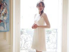 Robe de mariee courte avec manche longue Amarildine printemps ete 2015