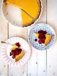 Paleo Lemon Tart. It's grain free, sugar free but still zesty & delicious! Just like the sugar filled tarts but better coz you won't feel like crap after!