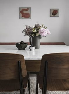 Today's home belongs to the multi-talented Hanna Wessman , a television host, blogger and interior designer based in Sweden. Her blog Hannas...