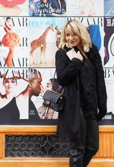 Jaká je vaše uniforma? Víte, jak ji najít? #skolastylu #inspirace #jakseoblekat #jaknosit Nespresso, Zara, Chanel, Beauty, Fashion, Moda, Fashion Styles, Beauty Illustration, Fashion Illustrations