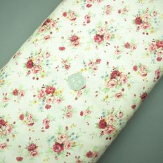 Floral cotton fabric (321945511755)