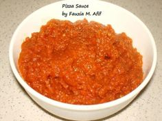 Here is my simple tomato sauce recipe, works perfectly with pasta dishes or when thickened can be used as a pizza sauce. Easy Tomato Sauce, Tomato Sauce Recipe, Chutney Recipes, Sauce Recipes, Veggie Dishes, Pasta Dishes, Pizza Recipes, Cooking Recipes, Quick Recipes