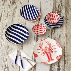 Set your table for the perfect lobster feast or seafood spread with these handy and colorful Lobster Plates. Lobster Bake Party, Crab Boil Party, Lobster Feast, Fresh Lobster, Seafood Boil, Celebrate Good Times, Home Decor Shops, 60th Birthday, Tablescapes