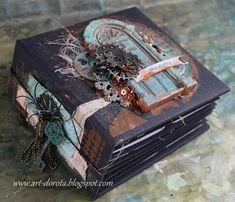 Dorota_mk: Mieszkańcy Scrapbooking Layouts Vintage, Photo Album Scrapbooking, Vintage Scrapbook, Papel Scrapbook, Mini Albums Scrap, Mini Scrapbook Albums, Witch Spell Book, Homemade Books, Album Book