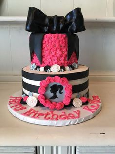 Super Fun Hot Pink Black and White Barbie Cake With A Present Bow Modern Birthday Cakes, Barbie Birthday Cake, Birthday Cake Girls, Birthday Ideas, 7th Birthday, Barbie Cake Designs, Bolo Barbie, Barbie Doll, Hot Pink Cakes