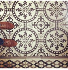 Neutral Exquisite tile patterns