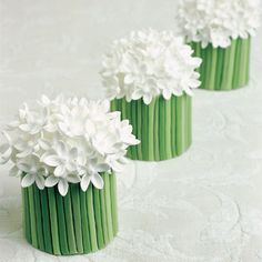 White Spring Posies - these are actually miniature wedding cakes which I think are such a lovely idea. Cake Decorating Techniques, Cake Decorating Tips, Peggy Porschen Cakes, Monogram Cake Toppers, Smooth Cake, Spring Cake, Fondant Cakes, Fondant Bow, Fondant Flowers